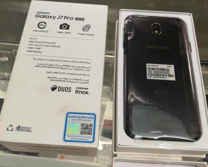 Samsung Galaxy J7 Pro de 64 gb - 1