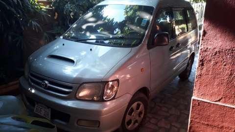 Toyota Noah 1999 diésel