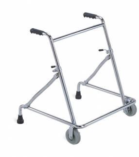 Andador pediátrico con regulación de altura