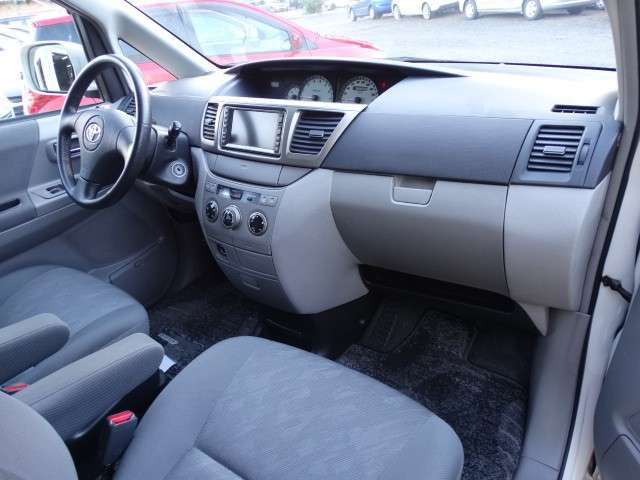 Toyota Noah 2003 chapa definitiva en 24 Hs - 6