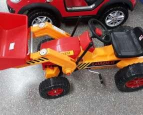 Tractor Bandeirante a pedal