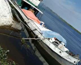 Buque motor con barcaza