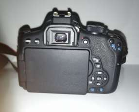 Cámara Canon T6i - Lente 18-55 mm / 50 mm