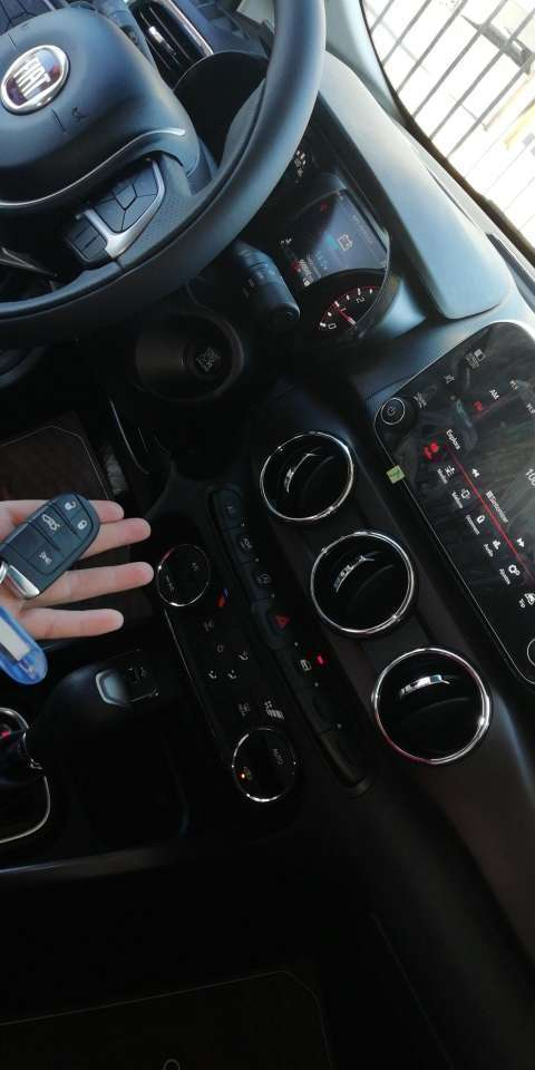 Fiat Cronos - 0