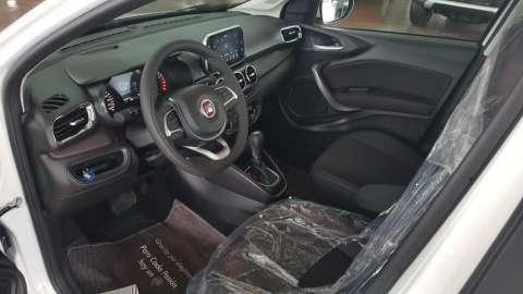 Fiat Cronos - 4