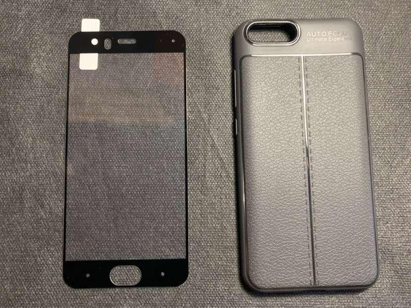 Case y protector de vidrio Xiaomi Mi6 - 0
