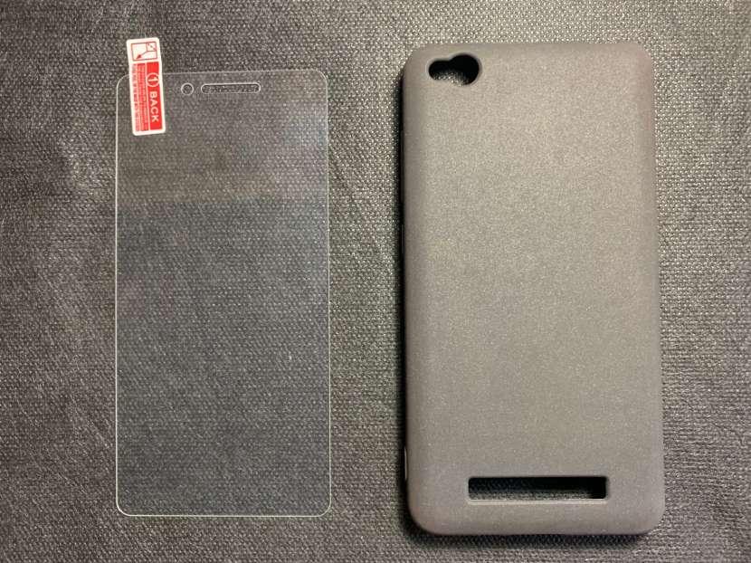 Case y protector de vidrio para Redmi 4A - 0