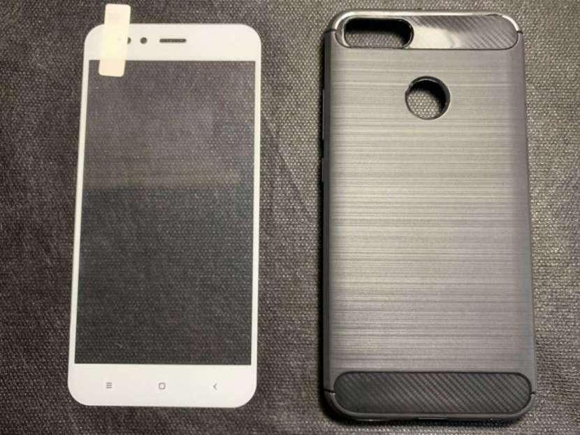 Case y protector de video Xiaomi A1 - 0