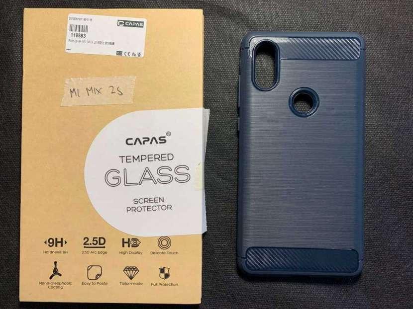 Case y protector de vidrio Xiaomi Mi Mix 2s - 0