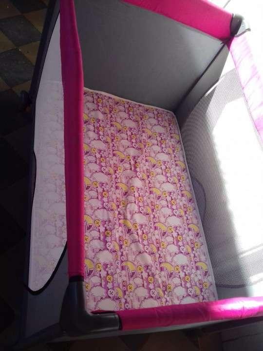 Cuna con colchón - 2
