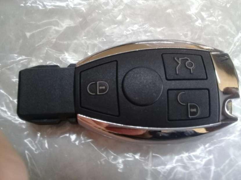Llave Mercedes Benz sistema EZS - 1