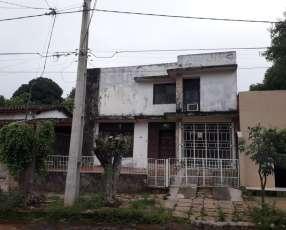 Casa zona hotel Bavaria a 1 cuadra de Avenida Choferes del Chaco