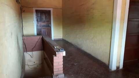 Casa de 8 habitaciones en Lambaré barrio San Isidro - 4
