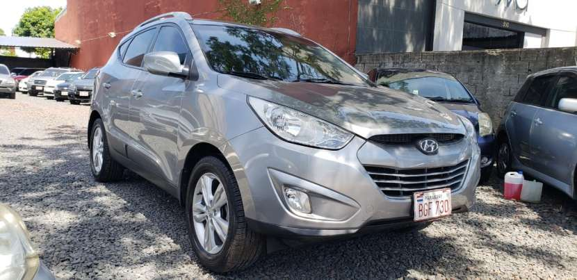 Hyundai Tucson 2011 naftero - 2