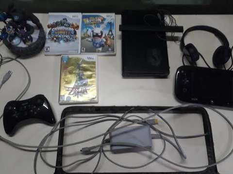 Wii U con accesorios extra y juegos de Wii incluidos