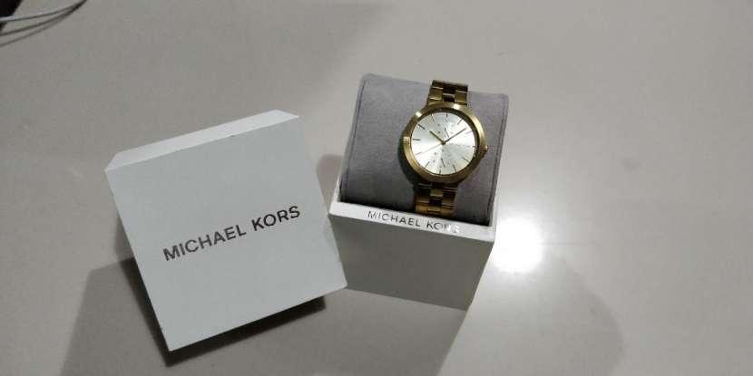 Reloj para dama Michael Kors - 0