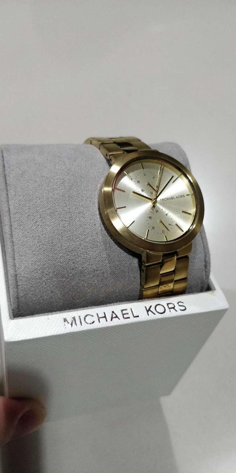 Reloj para dama Michael Kors - 2