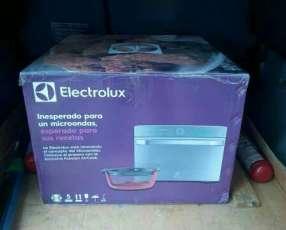 Horno y microondas Electrolux