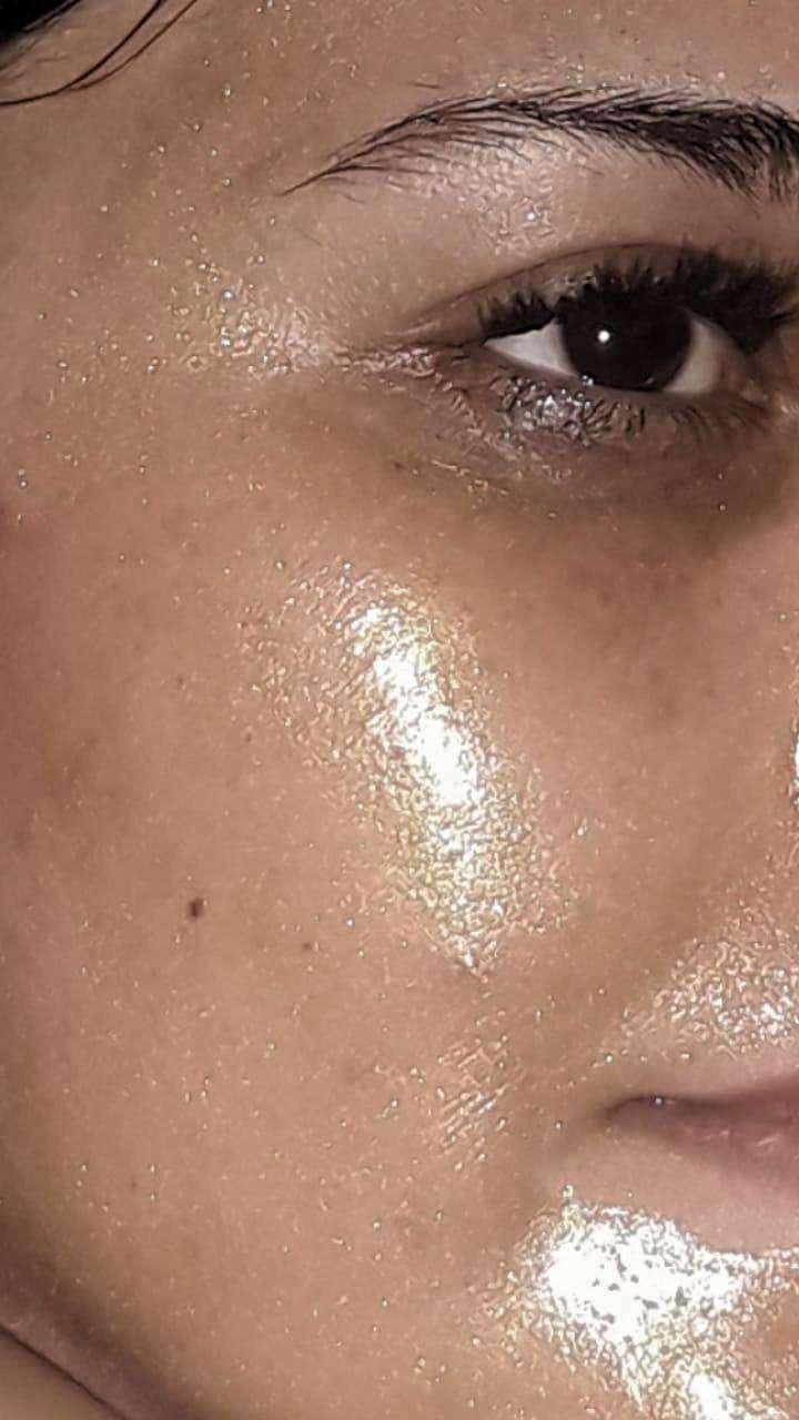 Mascarilla facial en oro - 1