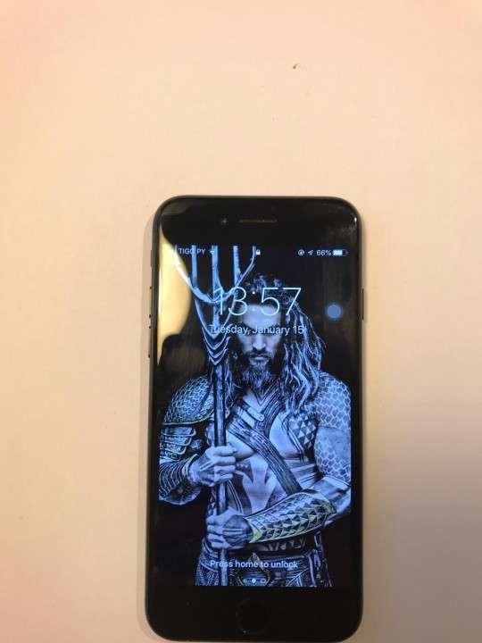 IPhone 7 desbloqueado 128 gb - 0