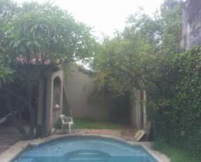 Casa en esquina sobre Madame Lynch & Alejo Silva