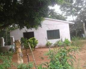 Casa y terrenos en Yaguarón