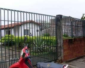 Casa en San Lorenzo zona UNA