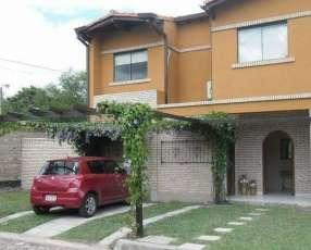 Casa amoblada en Fernando de la Mora zona Norte A1041