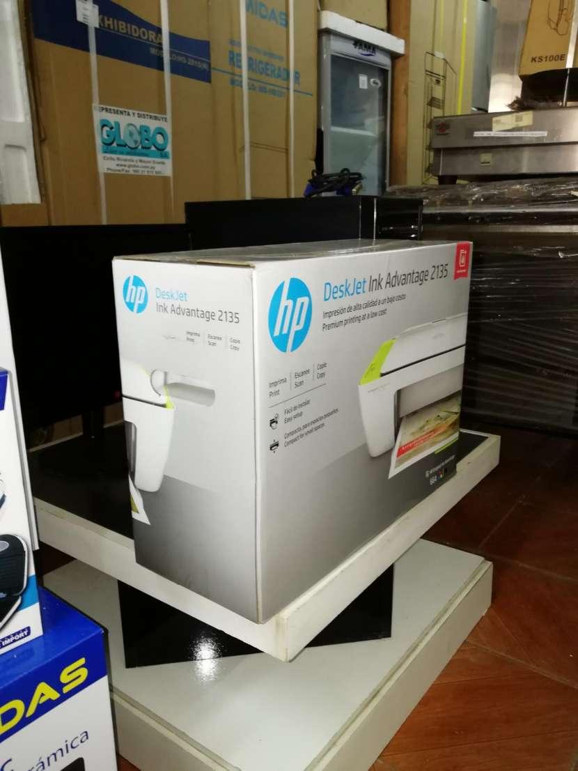 Impresora multifunción HP advantage 2135 - 2