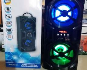 Parlante portátil Maxon MX-6118 doble con luces rítmicas