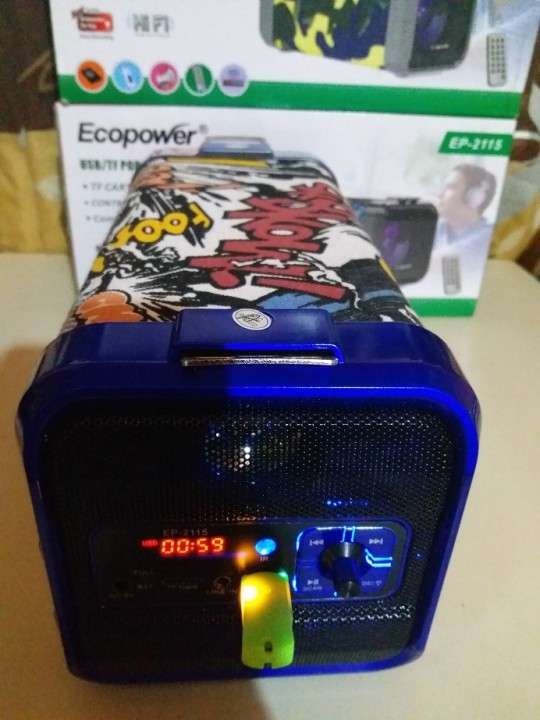 Parlante portátil Ecopower c/control remoto y luces rítmicas - 1