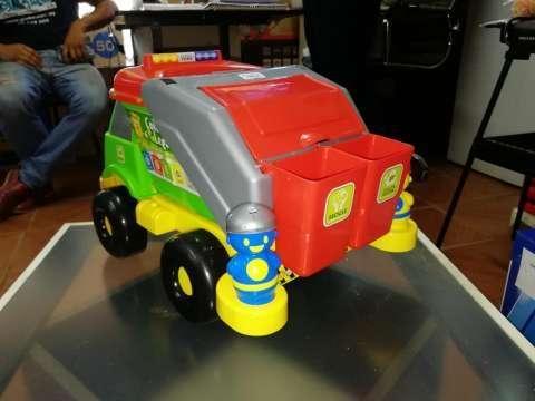 Camión recolector de basura - 4