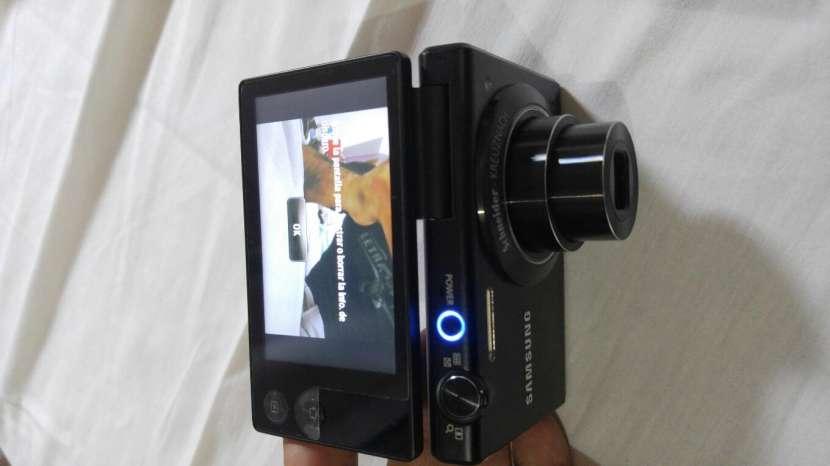 Cámara Fotográfica Digital Touch Samsung MV800 - 6