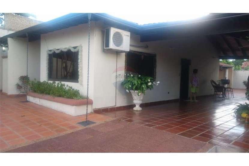 Casa en Ñemby - 6