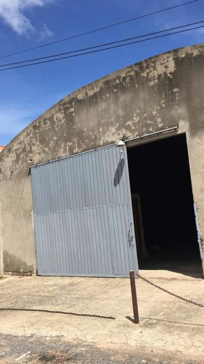 Depósito a 30 metros de Avda Mcal López - 0