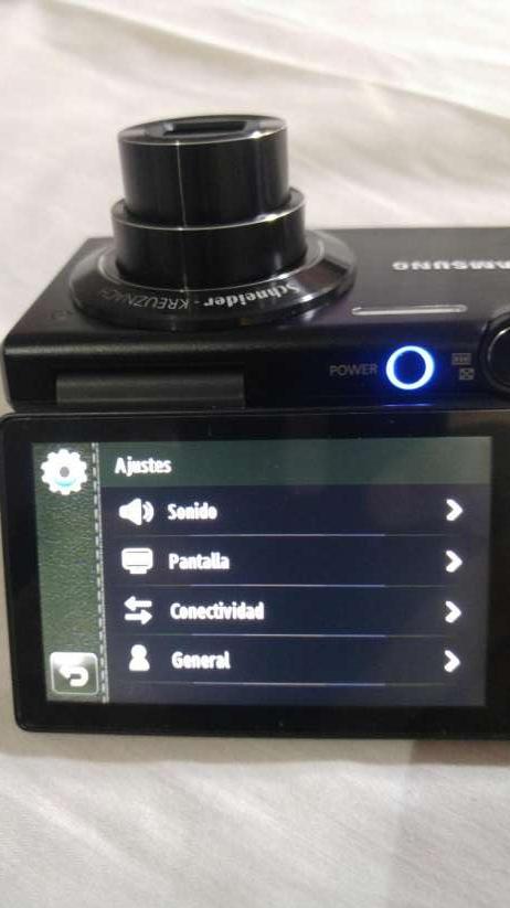Cámara Fotográfica Digital Touch Samsung MV800 - 2