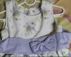 Vestido floreado para niña de 3 años