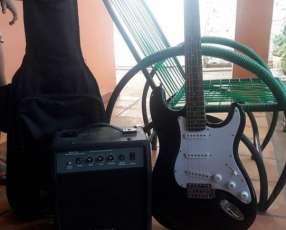 Guitarra Eléctrica Freeman amplificador y estuche