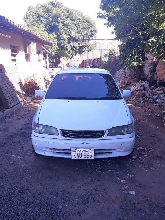 Toyota Corolla 1999 naftero automático