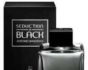 Perfume Seduction in black