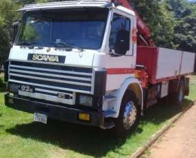Scania M93 230 hp con grúa