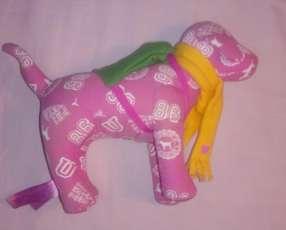 Perrito de peluche Pink