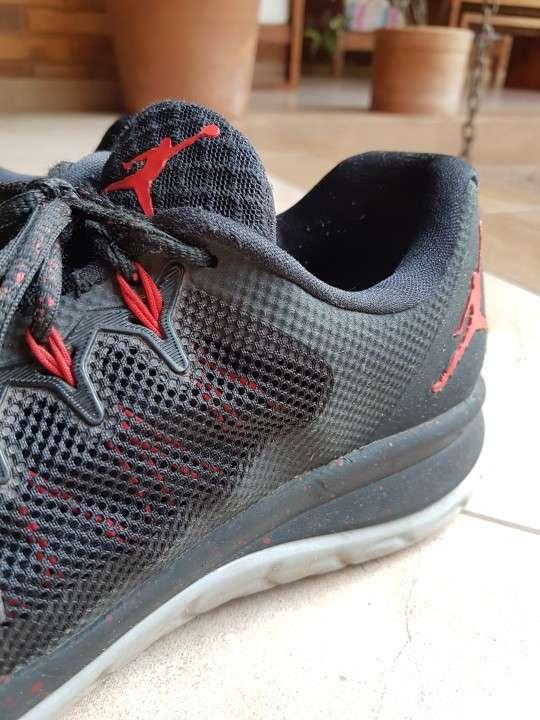 Calzado Nike Jordan - 1
