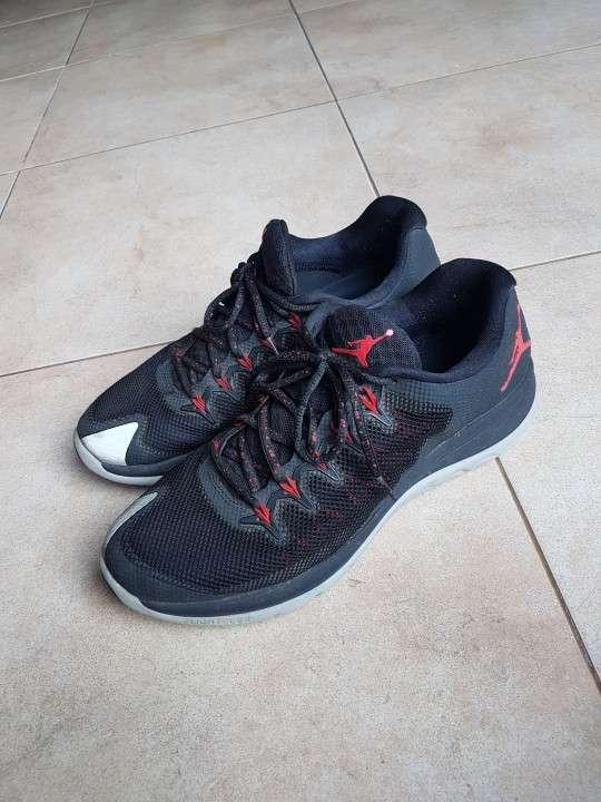 Calzado Nike Jordan - 3