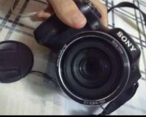 Cámara Sony DSC H200