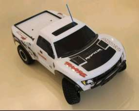 Traxxas Slash 4x2 escala 1/10