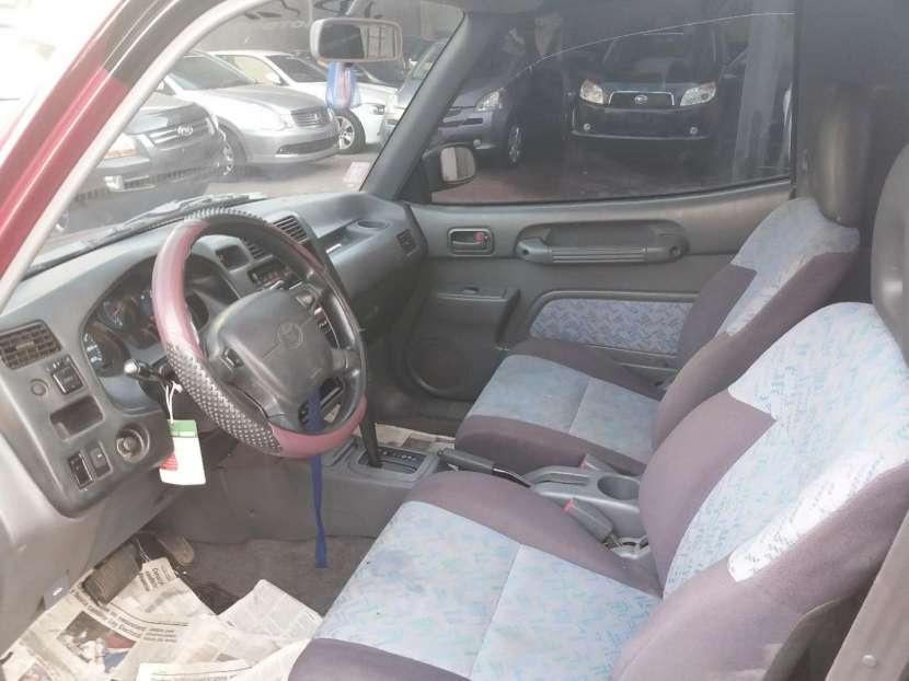 Toyota RAV4 1995 - 5