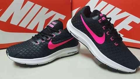 Calzado Nike calce 37