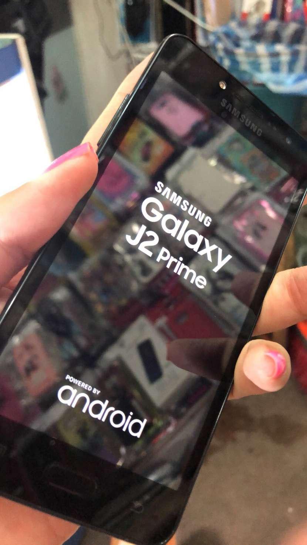 Samsung Galaxy J2 Prime de 16 gb impecable - 1
