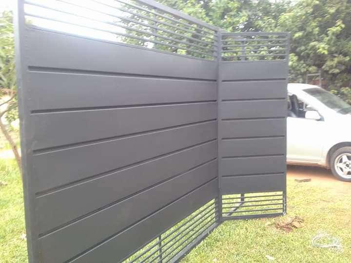 Fabricación de portón corredizo y basculante - 5